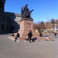 Снимок сделан в Площадь Свободы пользователем Lara A. 3/11/2012