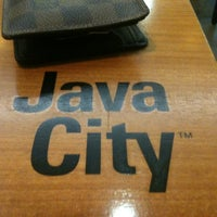 Photo taken at Java City 호원아트센터점 by Namhyuk K. on 9/1/2012