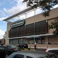 Foto tirada no(a) ParkShopping por Guilherme M. em 6/21/2012
