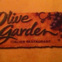 Photo taken at Olive Garden by Duaa B. on 7/7/2012
