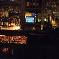 Foto tomada en Ruth's Chris Steak House por Mike R. el 3/13/2012