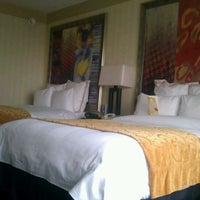 Photo taken at Indianapolis Marriott Downtown by JEM T. on 2/24/2012