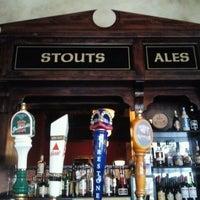Photo taken at de Vere's Irish Pub by Olin A. on 2/13/2012