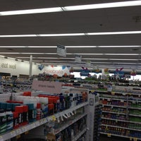 Foto scattata a Walgreens da James B. il 3/18/2012