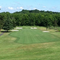 Photo taken at Fort Belvoir Golf Club by Harry S. on 6/15/2012