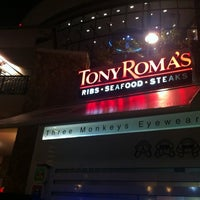 Photo taken at Tony Roma's by Ralph W. on 8/28/2012