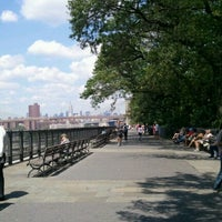 Photo taken at Brooklyn Heights by NYCphotos on 8/12/2012