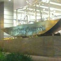 Photo prise au The Ritz-Carlton, Charlotte par Leandra H. le7/17/2012