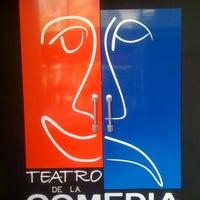 Foto tirada no(a) Teatro Wilberto Cantón por Fernando N. em 2/29/2012