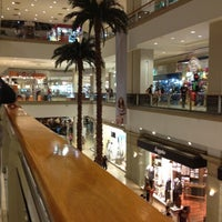 Foto tomada en La Gran Plaza Fashion Mall por Eduardo A. P. el 3/18/2012