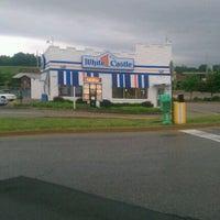 Photo taken at White Castle by Dewayne G. on 5/4/2012