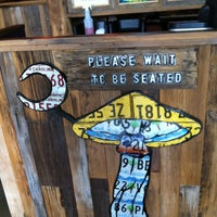 Photo taken at Mellow Mushroom by Carl H. on 8/5/2012