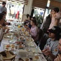 Foto tirada no(a) Kasapoglu por Erdem N. em 3/25/2012