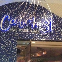 Photo prise au Catch 31 Fish House and Bar par Kristal T. le7/8/2012