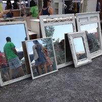 Снимок сделан в Brooklyn Flea - Williamsburg пользователем Zachary B. 7/22/2012