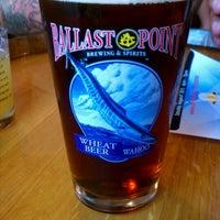 Foto scattata a Ballast Point Brewing & Spirits da Melissa C. il 8/5/2012