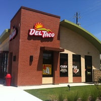 Photo taken at Del Taco by Ron R. on 8/2/2012