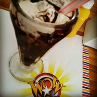 Foto tirada no(a) Wow Burger por Rogério H. em 4/29/2012