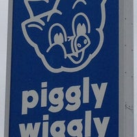 Photo taken at Fox's Piggly Wiggly by Brian J. on 3/31/2012