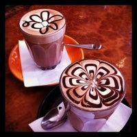 7/19/2012 tarihinde n.Nɐzɹʎ♕m.Nɐʍı™ziyaretçi tarafından Bucket Cafe'de çekilen fotoğraf