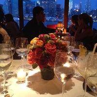 Das Foto wurde bei The River Café von Muge E. am 7/16/2012 aufgenommen