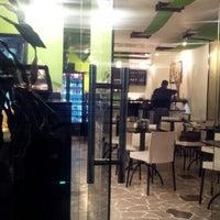Photo taken at Tasuka Sushi & Lounge by Jesus Alberto M. on 6/1/2012