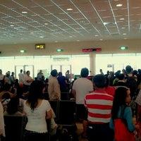 Image result for gambar lapangan terbang Miri