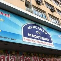 Foto tirada no(a) Mercadão de Madureira por Denilson R. em 7/23/2012