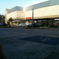 Photo taken at Plaza Aleira by Emerson on 4/14/2012