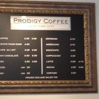 Foto tomada en Prodigy Coffee por Choklit D. el 8/4/2012