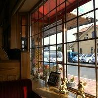 Photo taken at Komeda's Coffee by Hideomi O. on 4/2/2012