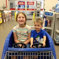 Photo taken at Lowe's Home Improvement by Shannon W. on 8/19/2012