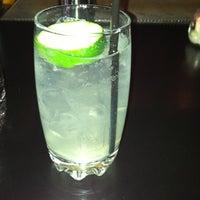 Photo prise au Franklin Cafe par Chris S. le4/30/2012