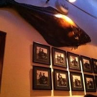 Photo prise au Goode Company Seafood par Liz H. le4/14/2012