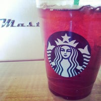 Photo taken at Starbucks by Raúl P. on 4/18/2012