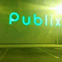 Photo taken at Publix by Gilbert F. on 5/12/2012