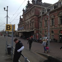 Photo taken at Tramhalte Station Hollands Spoor by Remco K. on 4/17/2012