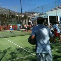 Foto tomada en Club de Raqueta por Padelazo el 3/18/2012