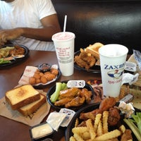 Photo taken at Zaxby's Chicken Fingers & Buffalo Wings by sneakerpimp on 7/16/2012