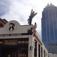 Das Foto wurde bei Frank Restaurant von Jo Ann S. am 4/6/2012 aufgenommen