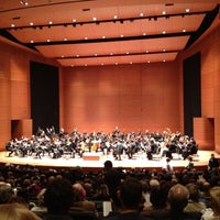Foto scattata a Alice Tully Hall at Lincoln Center da Curt L. il 4/3/2012