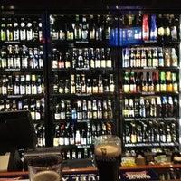 Foto scattata a World of Beer da Gary il 9/6/2012