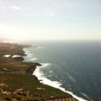 Photo taken at Cafe Vista Paraíso by Ramon Alberto R. on 6/23/2012