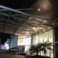 Foto tirada no(a) Balneário Shopping por Rubiam A. em 5/28/2012