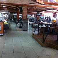 Photo taken at Comercial Tigalate by Engelbert V. on 3/31/2012