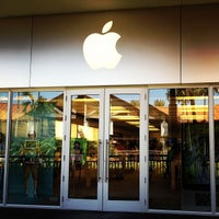 Photo taken at Apple The Falls by Louis G. on 8/8/2012