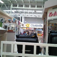 Photo taken at Soriana Hiper by Daniel D. on 8/9/2012