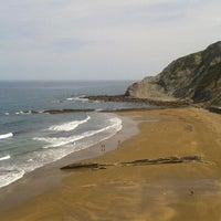 Photo taken at Itzurun | San Telmo Beach by Sandrus F. on 5/26/2012