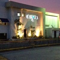 Photo taken at Restaurante El Muelle by Gizeh G. on 6/9/2012
