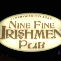 Photo prise au Nine Fine Irishmen par Heath D. le5/26/2012